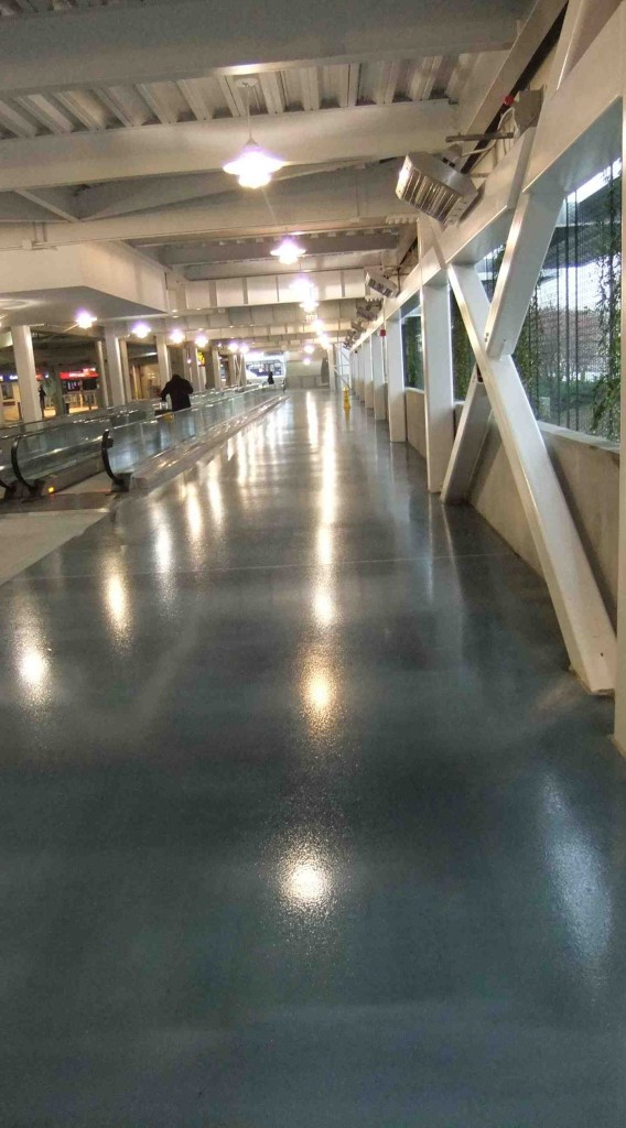 epoxy-flooring-resists-type-amount-traffic